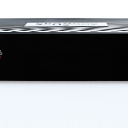 Tο Slingbox M1 είναι ένας προσιτός τρόπος για να παρακολουθήσετε τηλεόραση σαν να ήσασταν στο σπίτι σας